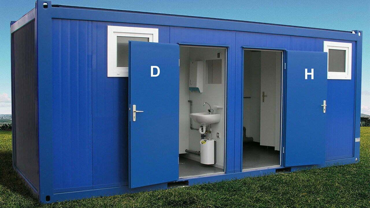 WC-Container auf Wiese